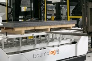 Automatyczny system zaladunku i rozladunku blach
